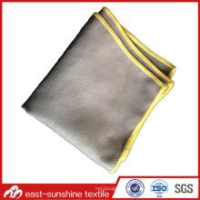 Сложенная ткань из микроволокна с зашитой кромкой