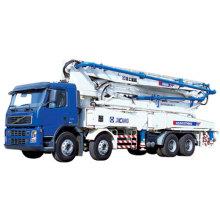 Camion pompe à béton Hb44