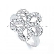 Großhandel Alibaba Produkte J-JAZ Daisy Form Phantasie Kristall Ring für Frauen Schmuck Hersteller
