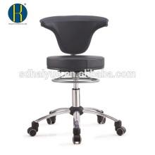 silla de conferencia giratoria negra con base de cromo