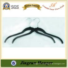 Fabricación de la experiencia Fabricación de plástico negro colgante flocado para suéter