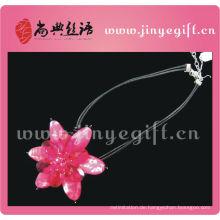 Shangdian Rose Red Blume Peridot Anhänger Halskette