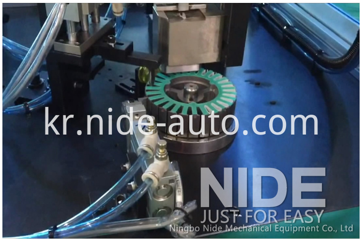 motor-stator-paper-insertion-machine102