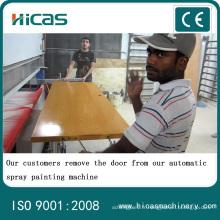 Machine automatique de peinture par pulvérisation de bois pour porte d'armoire