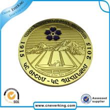 Entrega rápida chapado en oro color pegatinas metal insignia en venta
