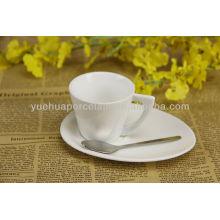 Tazas de café de porcelana y platillos al por mayor a granel