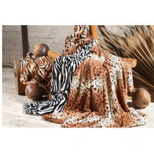 Coral Fleece Blanket Blanket with Different Printed Animal Patterns