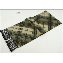 Men′s Womens Unisex Reversible Cashmere Feel Winter Warm Checked Diamond Printing Thick Knitted Woven Scarf (SP813)