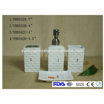 China Factory Ceramic Porcelain Bath Product Bathroom Set