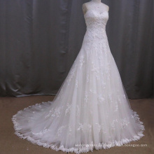 2016 Elegant Sweetheart Lace Appliqued Wedding Dress With Chapel Train