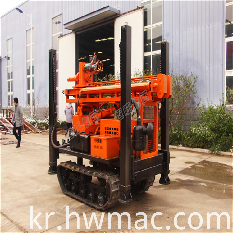 pneumatic water well drilling machine