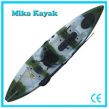 Kayak plástico de la canoa con el barco de pesca de los pedales para la venta