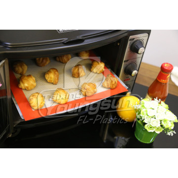 Half Size, Three Packed Silicone Baking Sheets