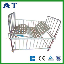 Triple-folding medical children bed