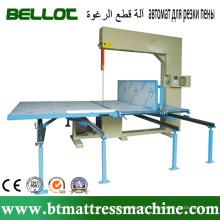Automatische präzise vertikale Schaumstoffschneidemaschine