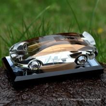 Chine Vente chaude vide bouteille de parfum de voiture en cristal coloré