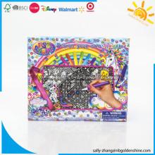Concevez et coloriez votre propre sac à main