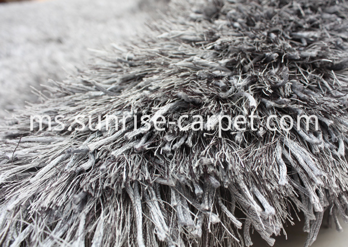 Thick Polyester and Thin Polyester mix Color Shaggy Rug