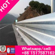 Barandilla de acero anticolisión con forma de onda para viga W utilizada para carreteras, galvanizada en caliente flexible