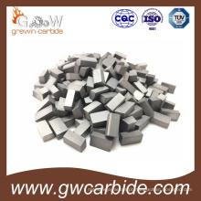 O carboneto de tungstênio de trabalho do metal soldou as pontas soldadas do carboneto das inserções