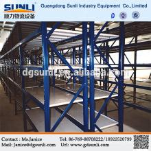 Гуандун поставщик средний долг стальной пластине укладки стеллажи