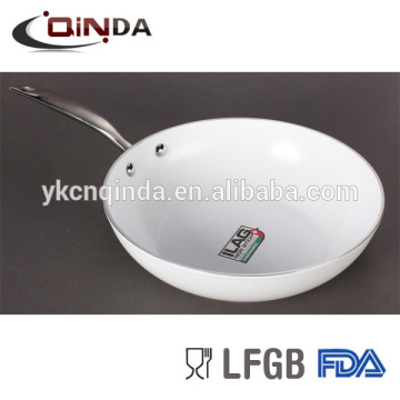 Die cast ceramic non-stick wok with reasonable price