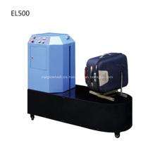 Máquina para empacar equipaje en el aeropuerto