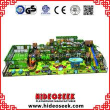 Grand équipement de terrain de jeu d'intérieur commercial d'enfants avec la zone de football