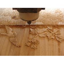 Máquinas CNC para madeira