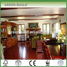 O vermelho lustro Jatoba projetou a sala de estar de madeira do revestimento