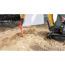 Mini-escavadeira agrícola com martelo demolidor