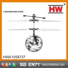Мини-Дети Flying RC мяч мигающий свет самолетов вертолет Инфракрасный индукции RC игрушки