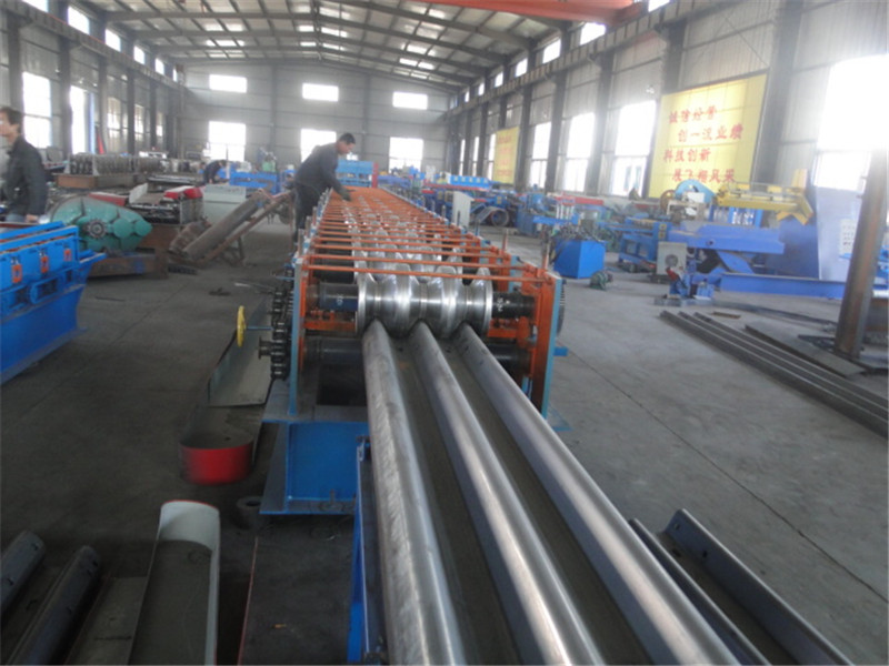 Highway Guardrail Roller Forming Machine