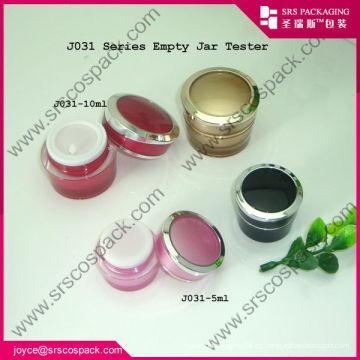 Pequeño redondo de acrílico de oro cosméticos jarra de crema de contenedores al por mayor