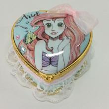 Caixa de jóias de renda dos desenhos animados com nota auto-adesiva