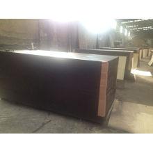 La película de calidad superior hizo frente a la madera contrachapada con el pegamento fenólico de la base de abedul