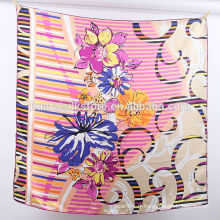 Écharpe en gros imprimé à la main en soie de 12 mm en Chine