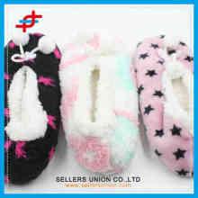 2015 различных моделей последней моде дешево девочек зимой мягкой зимой теплые крытый носки