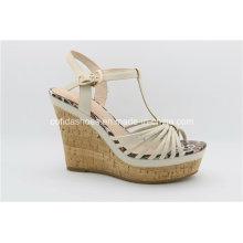 Stilvolle Mode Frauen Sandalen mit Lady High Heels Wedge