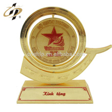 Wholesale custom name design bulk souvenir gold metal trophy made in China