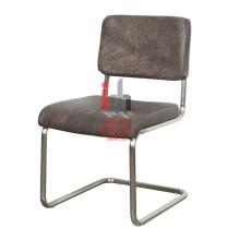 Chaise de bureau en fer en cuir