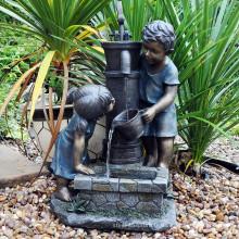 Métal jardin sculpture grande artisanat bronze garçon et fille fontaine pour jardin