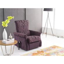 Cadeira de homem velho de cor roxa