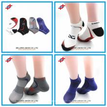 Индивидуальный логотип антибактериальные удобные мужские хлопковые спортивные носки оптовые продажи