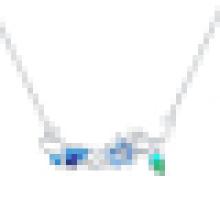 Flor de mariposa de plata esterlina de la manera de las mujeres deja el collar pendiente cristalino