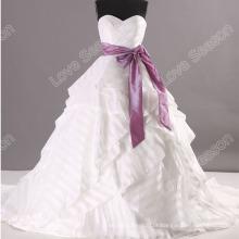 LS0115 Vestido de baile de estilo único laço acima espartilho de volta appliques de strass cinto faixa vestido de noiva china vestido de noiva de babados brancos