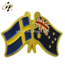 Precio de venta directa de fábrica metal personalizado insignia de pin de solapa de la bandera nacional