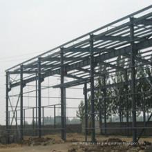 Almacén, taller, nave hecha de estructura de acero
