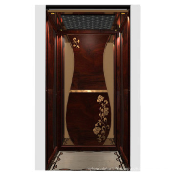 Accueil ascenseur avec décoration classique