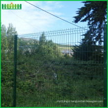 2016 high demand China welded galvanized wire mesh fence